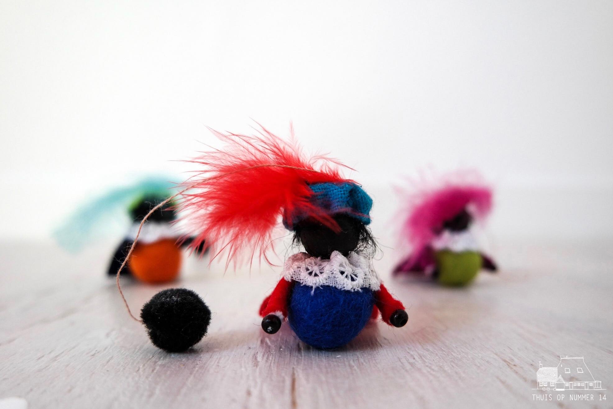 thuis op nummer 14 - Zwarte Piet, wie kent hem niet?