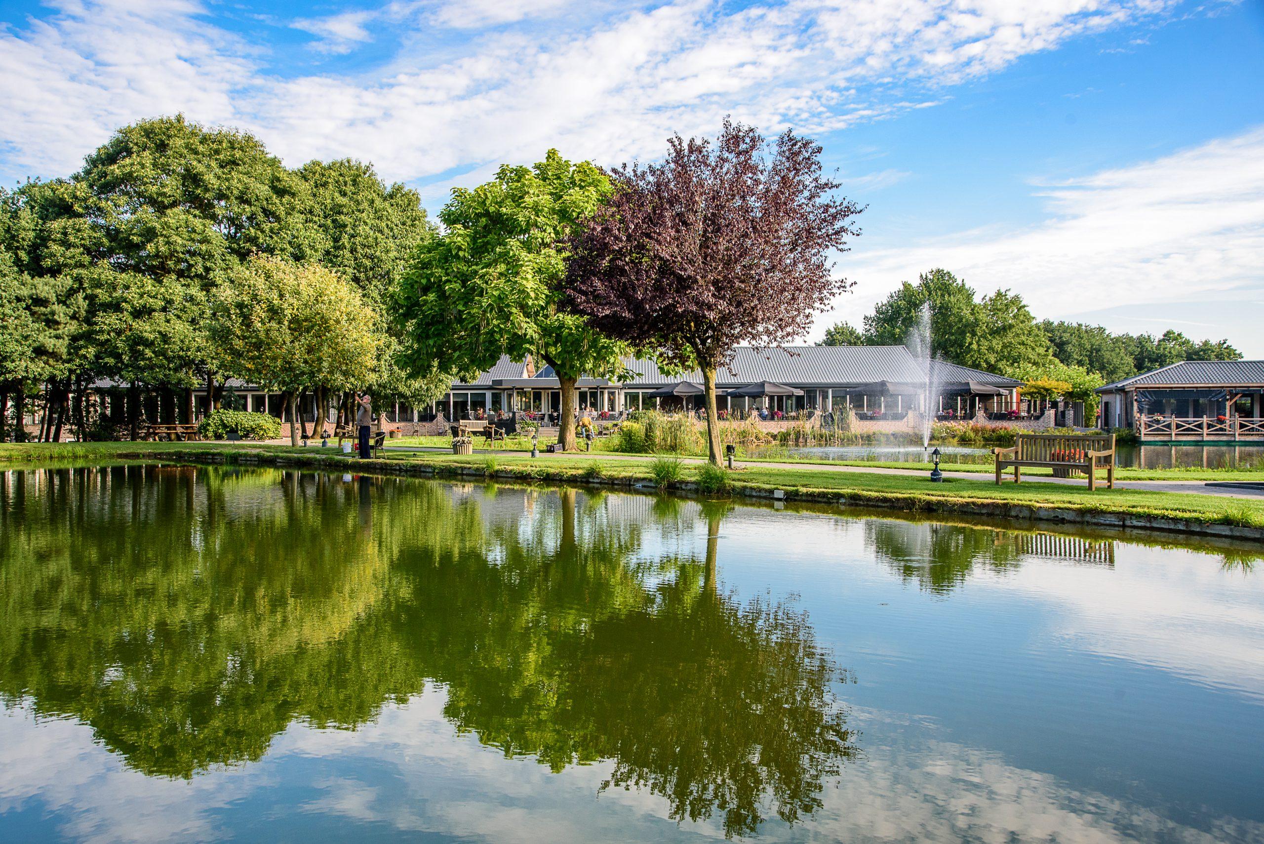 thuis op nummer 14 - Luxe in een groene omgeving bij Hotel Maashof.