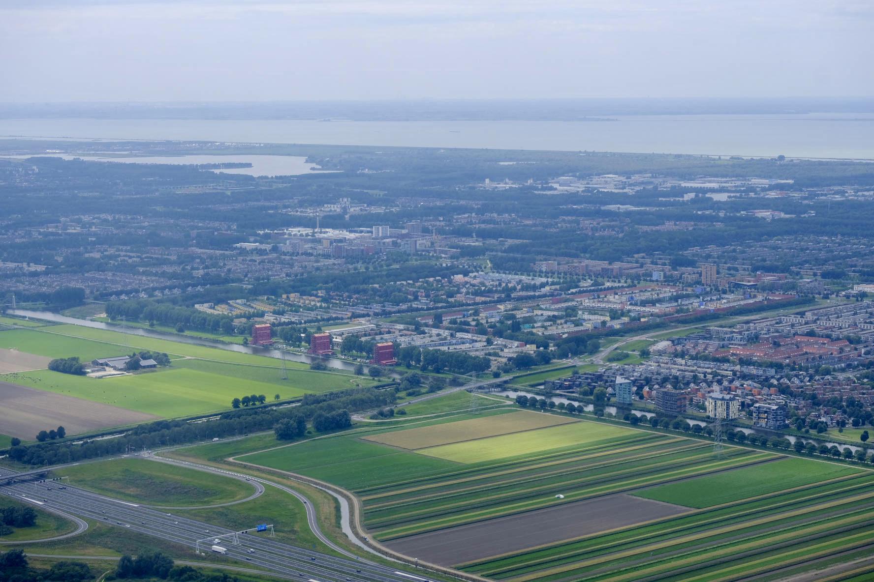 Luchtfoto Almere