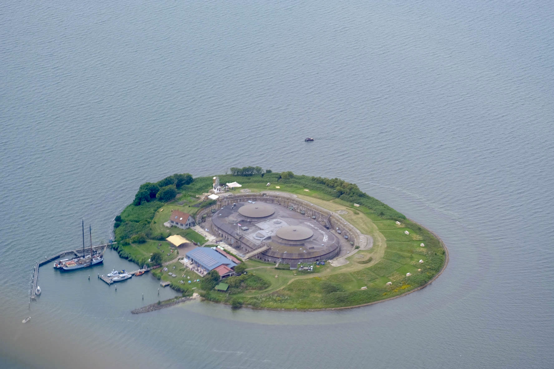 Luchtfoto Pampus